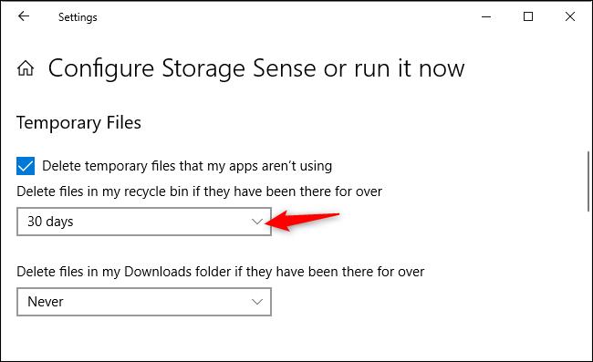 Option permettant de contrôler si Storage Sense supprime automatiquement les fichiers dans la corbeille
