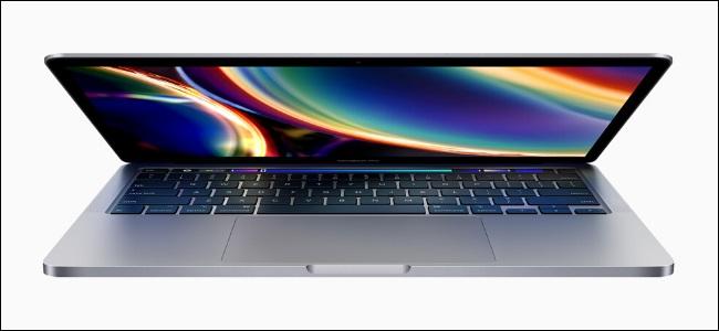 Un MacBook Pro 2020 13 pouces.