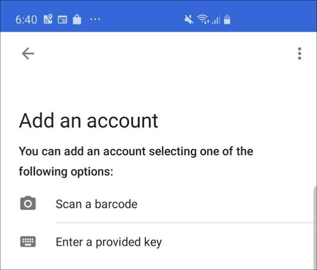 """L'écran de l'application Google Authenticator sur un téléphone, où vous appuyez sur """"Scannez un code-barres."""""""