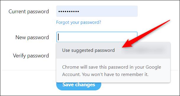 """Cliquez sur """"Utiliser le mot de passe suggéré"""" pour modifier ou réinitialiser un mot de passe existant sur n'importe quel compte."""