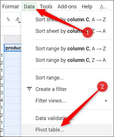 """Dans la barre de menus, cliquez sur """"Les données,"""" puis cliquez sur """"Tableau croisé dynamique."""""""