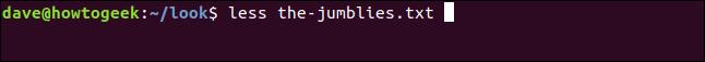 """""""moins the-jumblies.txt"""" dans une fenêtre de terminal."""