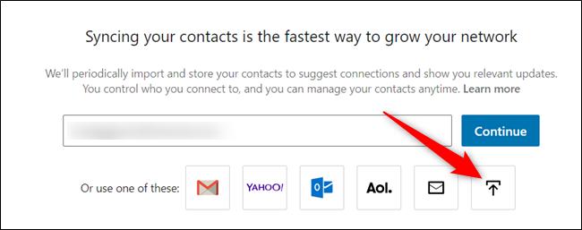 """Clique le """"Télécharger un fichier"""" icône."""
