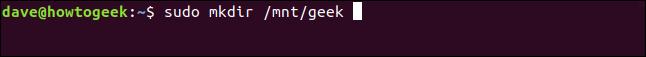 mkfs.ext2 ~ / howtogeek.img dans une fenêtre de terminal