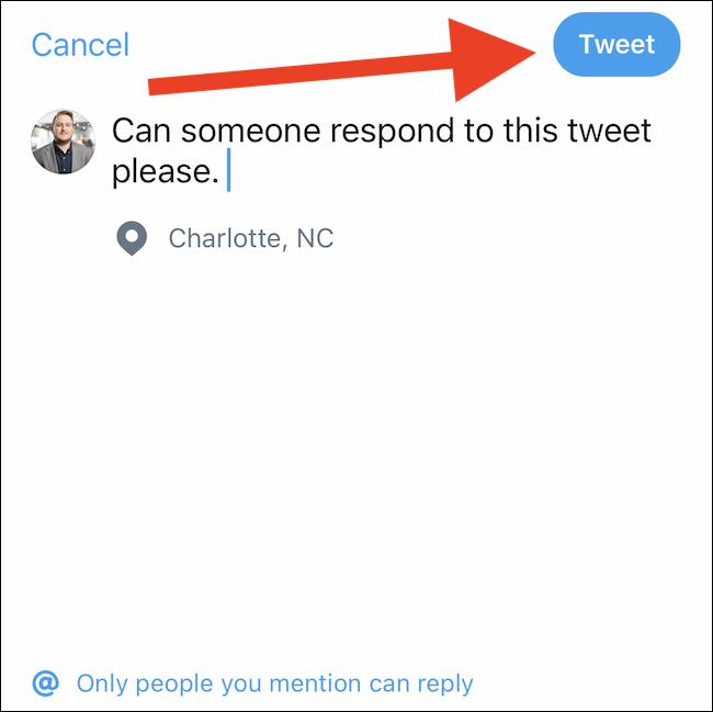 """Rédigez un message, puis appuyez sur le """"Tweet"""" bouton"""