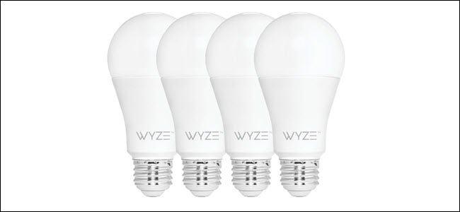 Quatre ampoules Wyze d'affilée