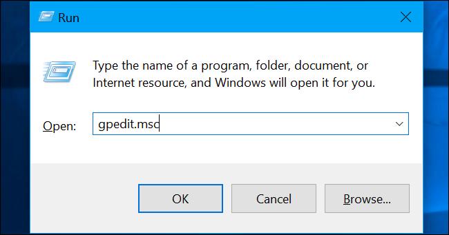 Appuyez sur Windows + R, tapez «gpedit.msc» dans la case et appuyez sur Entrée.