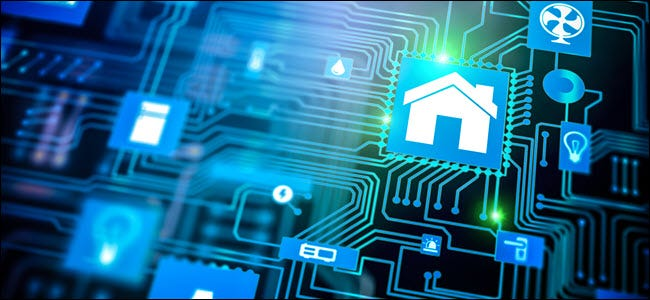 Icône de domotique Smarthome sur la carte mère, futur concept de télécommande à domicile de technologie