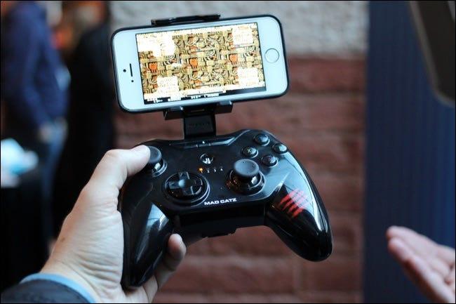 contrôleur de jeu iphone avec support
