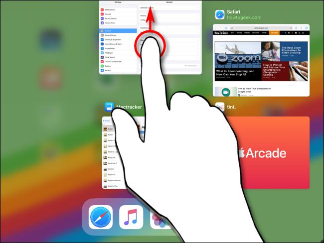 Faites glisser rapidement vers le haut la vignette d'une application jusqu'à ce qu'elle disparaisse.