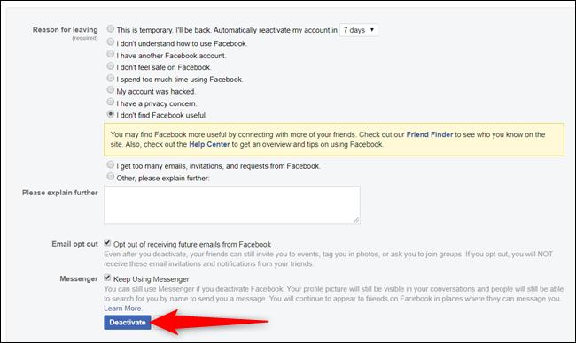 Tout comme un entretien de départ, Facebook aimerait que vous remplissiez un formulaire expliquant pourquoi vous partez.  Ici, vous pouvez choisir de garder Messenger activé et de vous désabonner des futurs e-mails.
