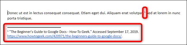 Google docs place automatiquement un nombre en exposant au niveau du curseur et place la source dans une note de bas de page dans le style de citation que vous avez choisi.