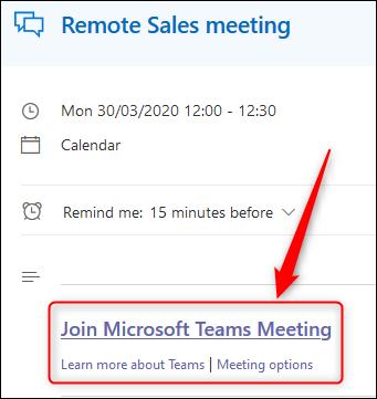 Un événement dans le calendrier Outlook Online affichant le lien de la réunion Teams.