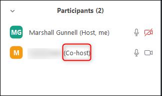 co-hôte apparaîtra à côté du nom du participant