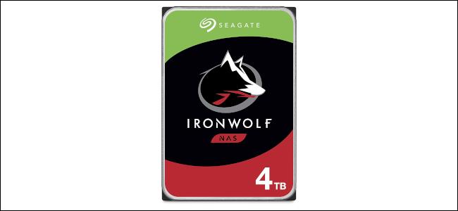 Un disque NAS Seagate IronWolf 4 To.