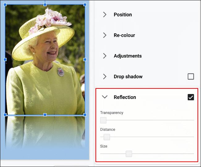 Pour ajouter une réflexion à une image dans Google Slides, cliquez sur Format> Options de format> Réflexion» width=»650″ height=»540″ onload=»pagespeed.lazyLoadImages.loadIfVisibleAndMaybeBeacon(this);» onerror=»this.onerror=null;pagespeed.lazyLoadImages.loadIfVisibleAndMaybeBeacon(this);»/></p> <p>Vous pouvez modifier davantage l'effet, avec des options pour modifier la transparence, la distance et la taille de la réflexion à l'aide des curseurs fournis.</p> <p>À l'aide de votre souris, déplacez le curseur de chaque option vers la gauche ou vers la droite pour réduire ou augmenter l'effet.</p> <p><img loading=