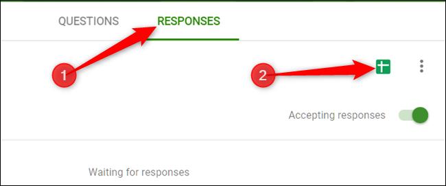 """Pour configurer une feuille de calcul avec toutes les réponses, cliquez sur le bouton """"Réponses"""" onglet, puis cliquez sur l'icône Feuilles verte."""