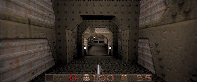 Avec un port source comme QuakeSpasm, vous pouvez obtenir une prise en charge des écrans larges et des contrôleurs.