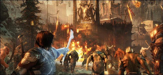 Une toile de fond fantastique avec un chevalier tenant des armes magiques au premier plan pointant vers un mur de forteresse en bois.