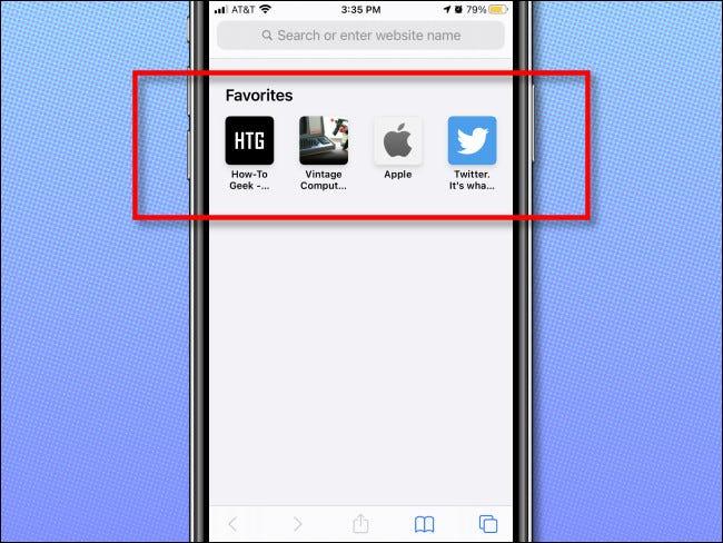 Un exemple de favoris apparaissant sur une page vierge dans Safari sur iPhone.