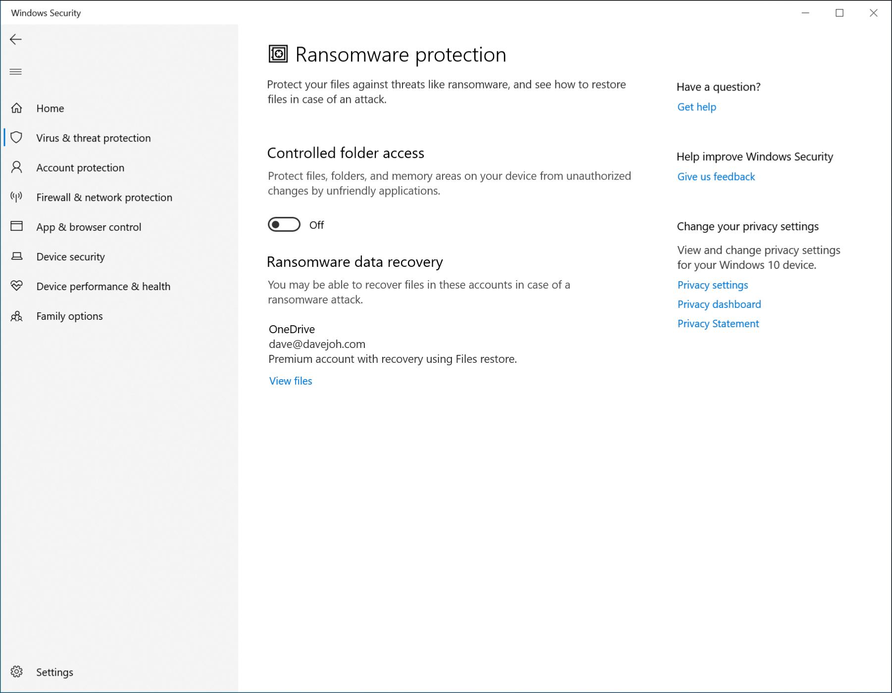 """le """"Protection contre les rançongiciels"""" menu dans Windows Defender."""